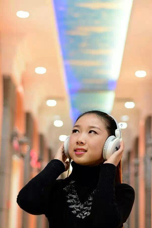 【林州摄影师宋晓宇】咖啡馆里的美女