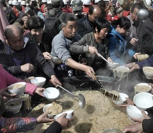 【林州摄影师寒冰】千人大锅饭