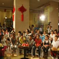纪实:林州爱心妈妈陪孤困儿童共度中秋佳节