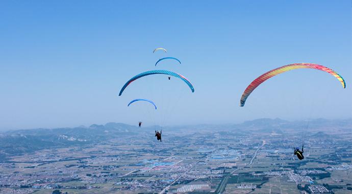 2017年林州林滤山国际滑翔伞公开赛开幕