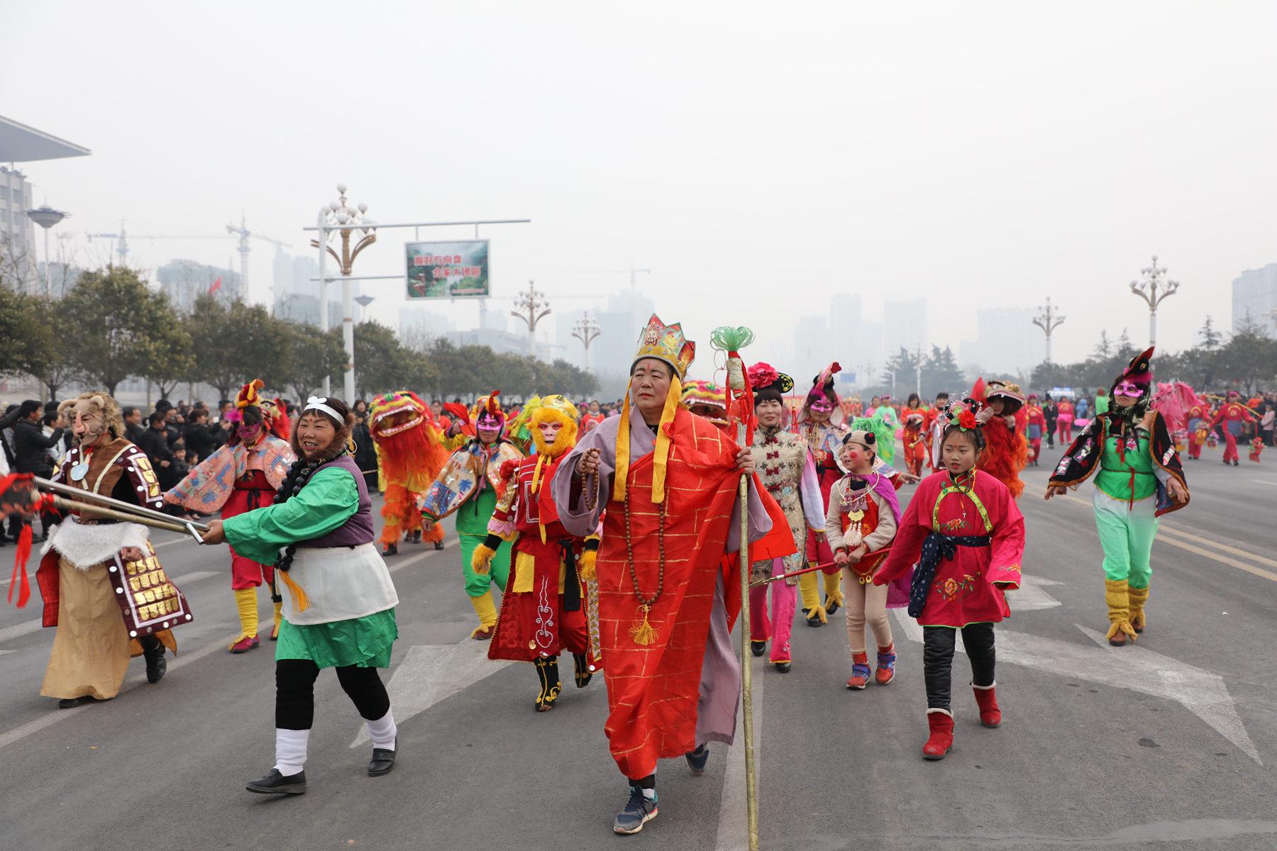 林州市2018年春节大型民间文艺汇演隆重举行