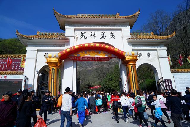 「直播」豫北最大庙会——林州黄华3月3庙会盛况