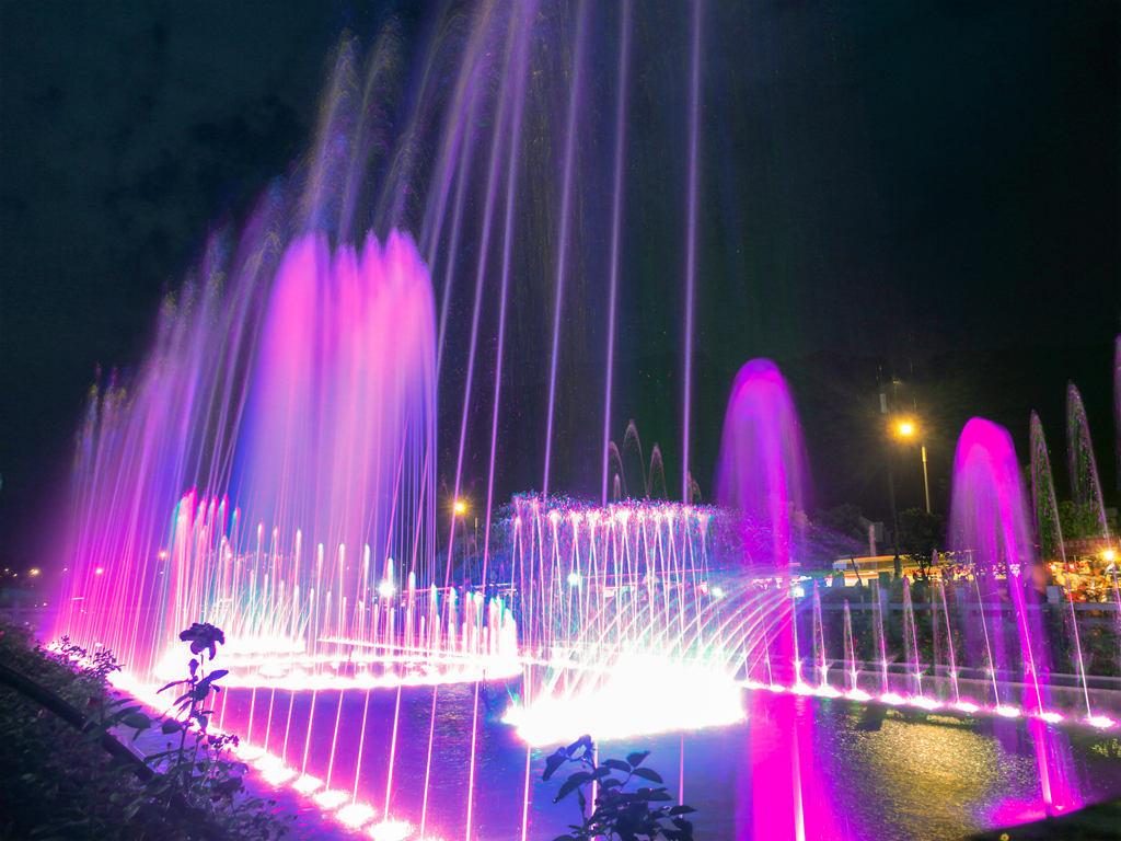 林州村级最大的音乐喷泉——止方村